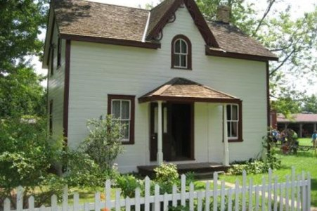 The Dr. Jones house. Although this is not Dr. Jones' really home, it is time-period accurate and was transported to FPV. Photo from the FPV website.