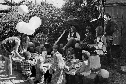 A cool photo I found at http://ponderingpig.files.wordpress.com/2008/06/1967-birthday-party_edited.jpg of a birthday party in Haight-Ashbury.