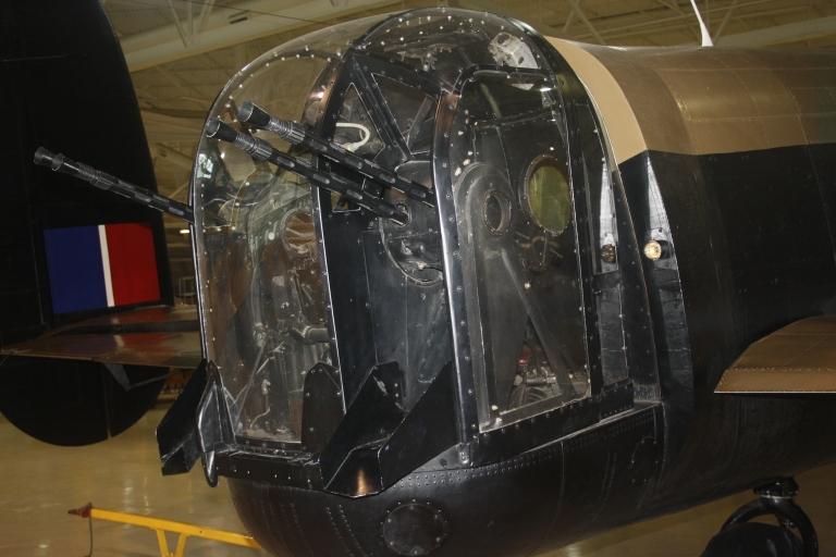 Lancaster_Bomber_CWHM